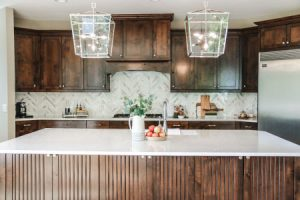 Kitchen Backsplash: Quick + Easy Refresh